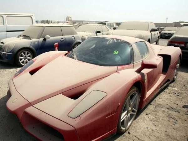 Auto-Abbandonate-Dubai-2