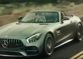 Mercedes AMG GT Roadster. Annunciata nella pubblicità del Superbowl 2017