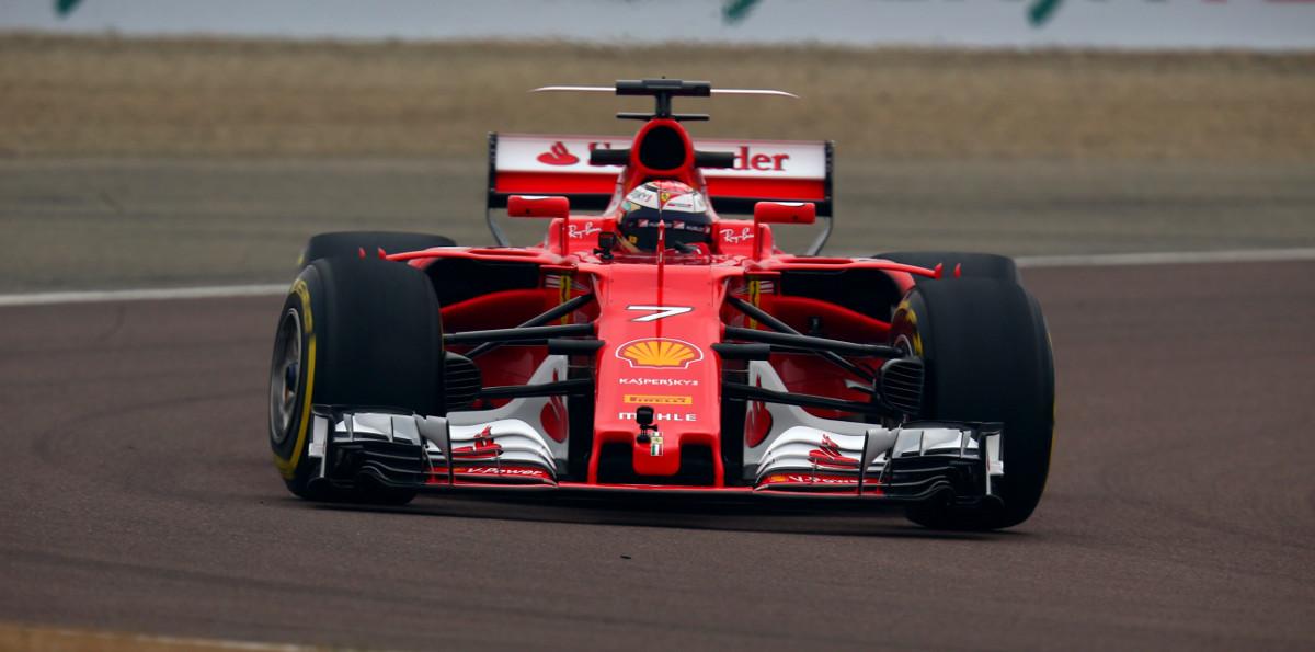 Nuova Ferrari SF70H
