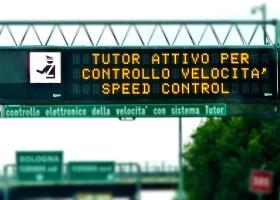 Multa per eccesso di velocità in autostrada.