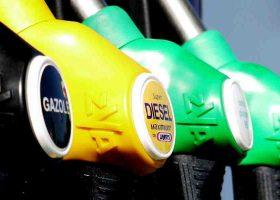 Le politiche carburante per il noleggio auto