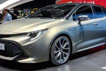 Auto ibride la Toyota Auris