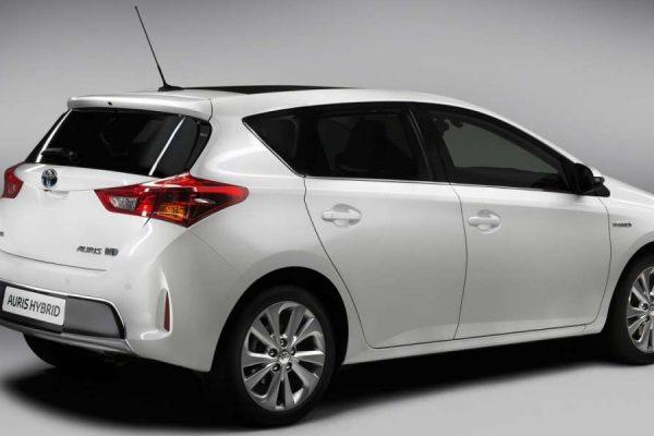 auto ibride Toyota