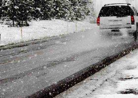5 consigli per guidare sulla neve senza pericoli
