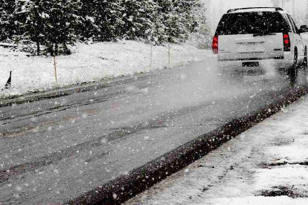 consigli per guidare sulla neve