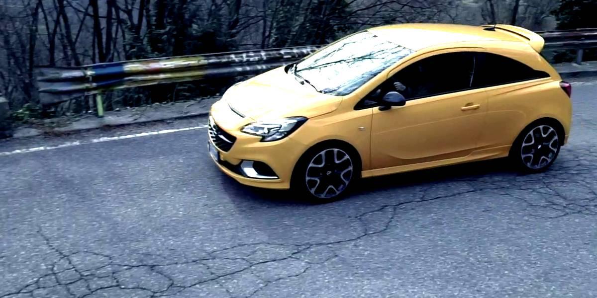 Opel Corsa GSi in prova 1