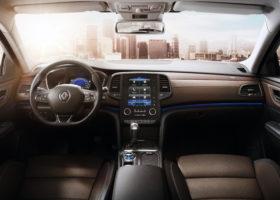 Scopriamo gli interni della Renault Talisman Sporter