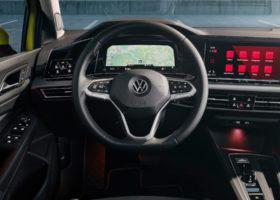 Le foto degli interni della Volkswagen Golf