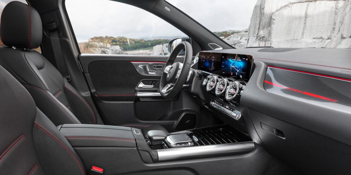 Interni Mercedes GLA
